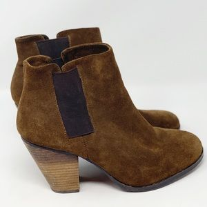Vince Camuto Suede Stack Heel Booties SIze 10